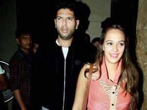 Yuvraj Singh with actor and fiance Hazel Keech  during the special screening of film Neerja