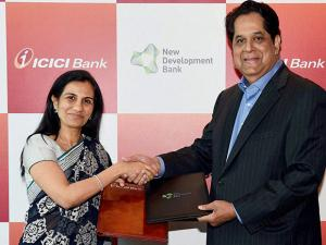 MD & CEO of ICICI Bank Chanda Kochhar and President of New Development Bank K V Kamath during a MoU signing ceremony between the two bank in Mumbai