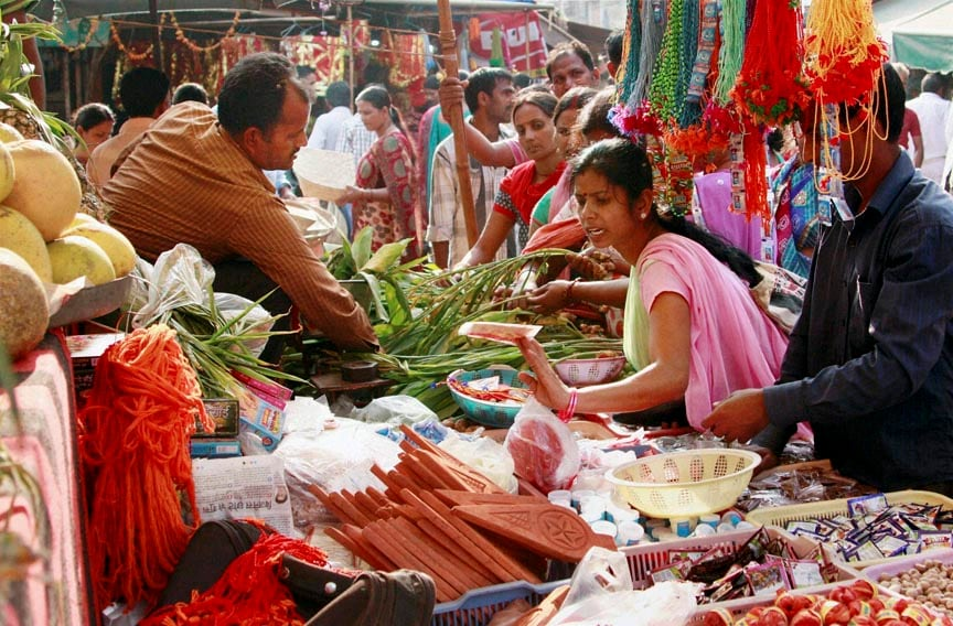 Women, purchase, vegetables, Chhath Puja, festival, Gurgaon