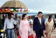 Chinese President XI Jinping and his wife Peng Liyuan being received by Gujarat CM Anandiben Patel