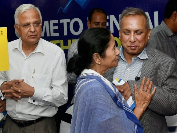 Bengal, West Bengal Chief Minister, Mamata Banerjee, State Finance and Industry Minister, Amit Mitra, Chief Secrtetary, Sanjay Mitra, Kolkata, Industrialists, Business