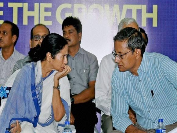 Bengal, West Bengal Chief Minister, Mamata Banerjee, Chief Secrtetary, Sanjay Mitra, Kolkata, Industrialists, Business