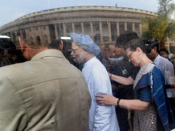 Sonia Gandhi, Manmohan Singh, Congress, Lok Sabha, Sumitra Mahajan, Narendra Modi, MP, BJP, New Delhi