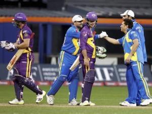 Blasters' Sachin Tendulkar and Moin Khan