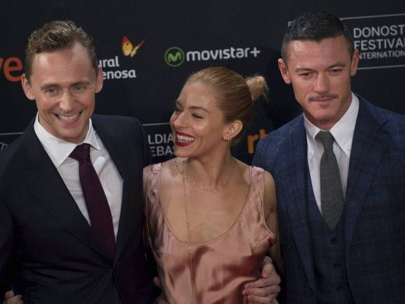 63rd San Sebastian Film Festival, British actress, Sienna Miller, British actor, Tom Hiddleston, High Rise, Day in Pics, Picture of the Day, Funny Pictures, Very Nice Pictures