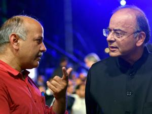Finance Minister Arun Jaitley with Delhi Dy Chief Minister Manish Sisodia