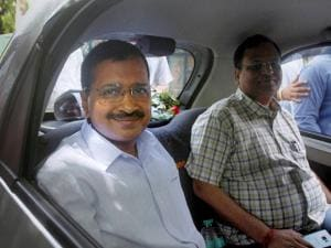 Delhi  Chief Minister Arvind Kejriwal carpools with Health Minister, Satyender Jain during the 'odd-even car scheme' in New Delhi