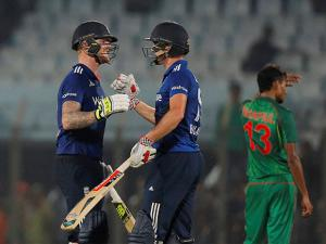Ben Stokes and Chris Woakes celebrate their victory over Bangladesh