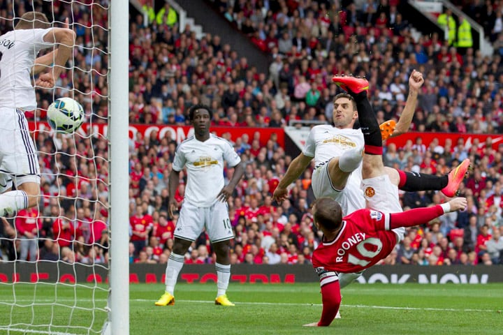 Manchester United's, Wayne Rooney, scores, Swansea City, English Premier League, soccer match, Old Trafford Stadium