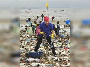 Erik Solheim of United Nations during a cleanliness drive at Versova Beach in Mumbai