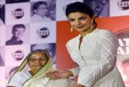 Social worker Subhashini Mistry being felicitated by Bollywood actress Priyanka Chopra