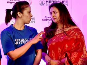 Saina Nehwal and actress Poonam Dhillon at a felicitation function for participants of World Winter Games 2017