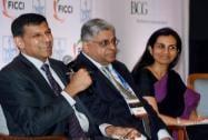 RBI Governor Raghuram Rajan, TM Bhasin, Chairman of Indian Banks' Association and Chanda Kochhar, Managing Director of ICICI Bank