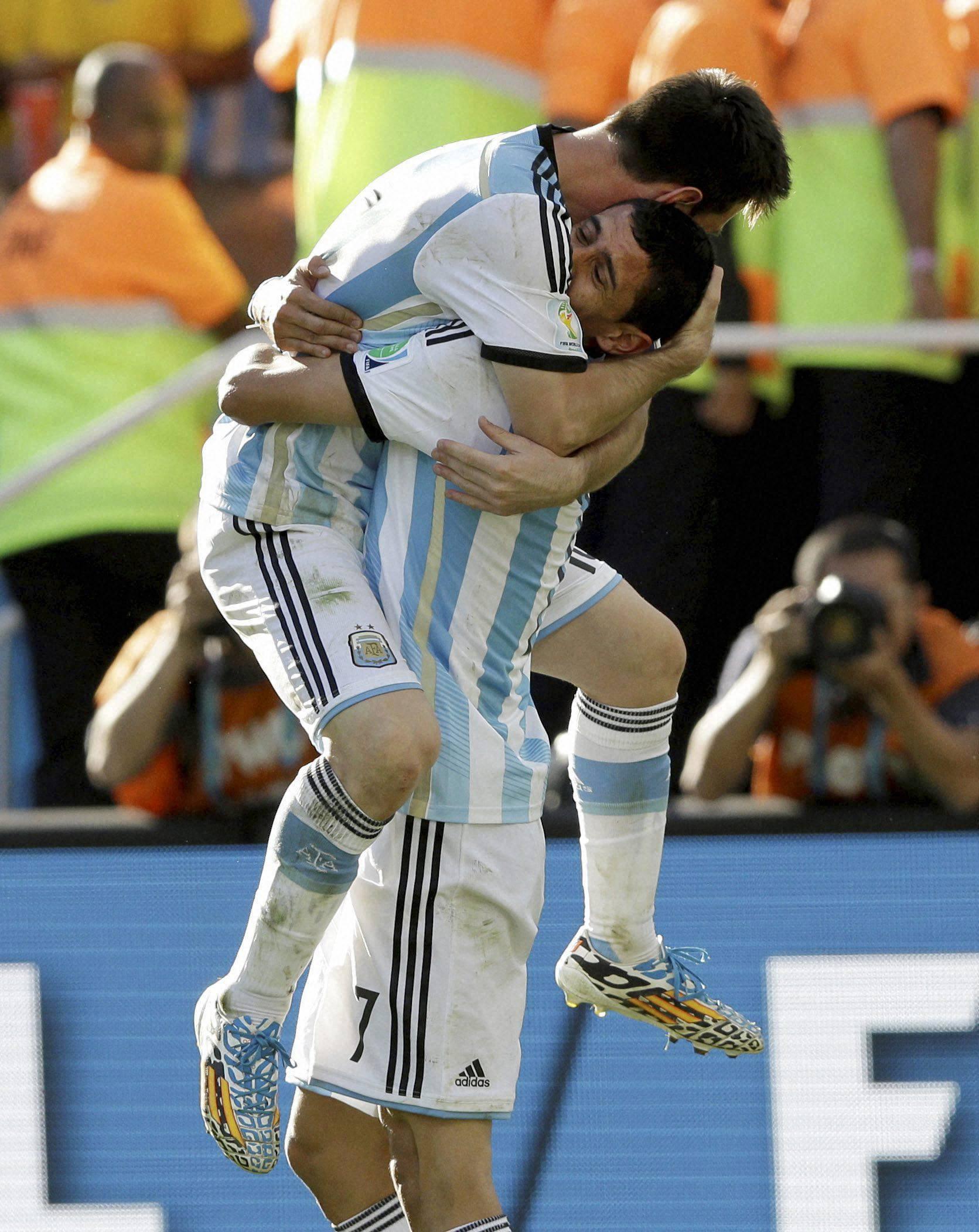 Argentina's Angel di Maria,  Lionel Messi, Argentina, Switzerland, Itaquerao Stadium, Sao Paulo, Brazil
