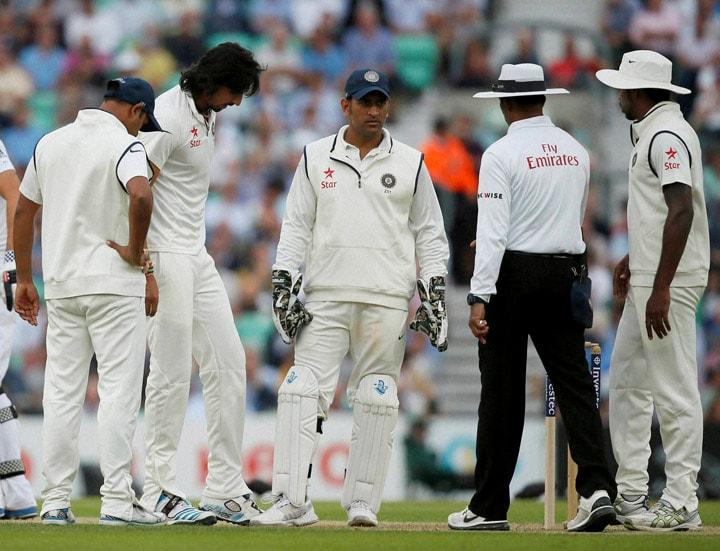 India's, Ishant Sharma, captain, MS Dhoni, umpire, K Dharmasena, pitch