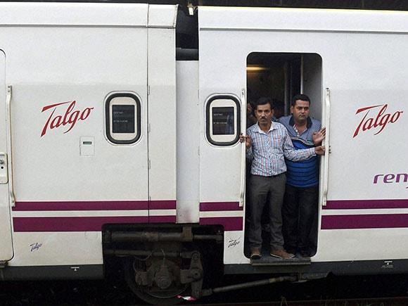 talgo train in mumbai, talgo train, talgo train in india, talgo train mumbai, talgo train delhi to mumbai