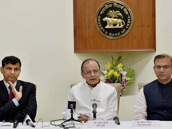 Finance Minister of India, Arun Jaitley, RBI Governor, Raghuram Rajan, Jayant Sinha, RBI, Reserve Bank of India, Central Board, 550th Central board meeting of RBI