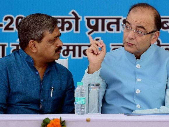 Finance Minister of India, Arun Jaitley, Mobile Van, Mobile Health, Health Van, New Delhi, South Delhi Mayor, Subhash Arya, Delhi Pradesh BJP President, Satish Upadhyay, Modi, BJP