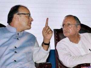 Union Finance Minister Arun Jaitley with West Bengal Finance Minister, Amit Mitra