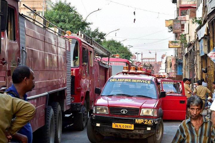 Fire tenders, lined up, Chandni Chowk, fire, broke out, market, area