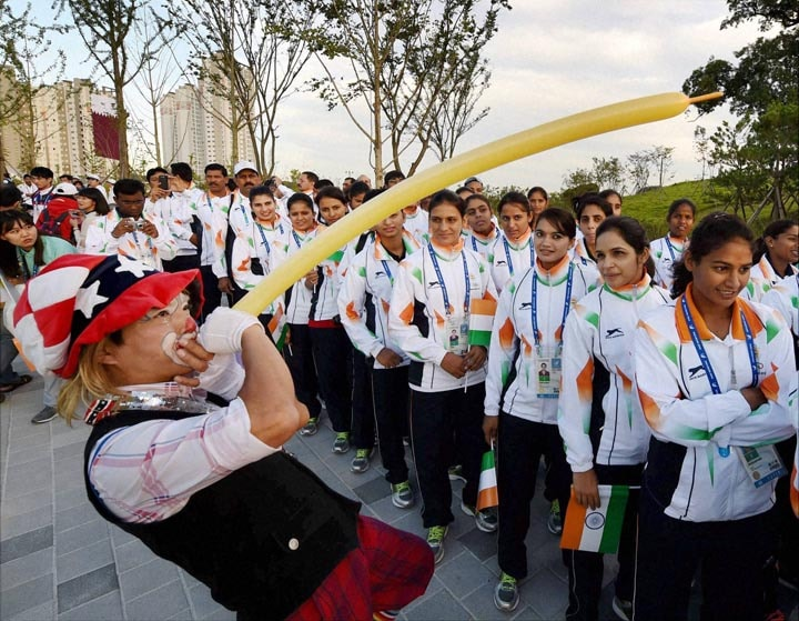 Indian, athletes, hoisting ceremony, 17th Asian Games
