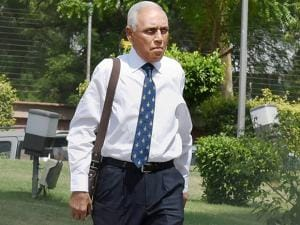 Former Air Chief Marshal S.P. Tyagi arriving at the CBI headquarters in New Delhi on Monday,in connection with alleged corruption in the 3,600 crore AgustaWestland choppers deal03