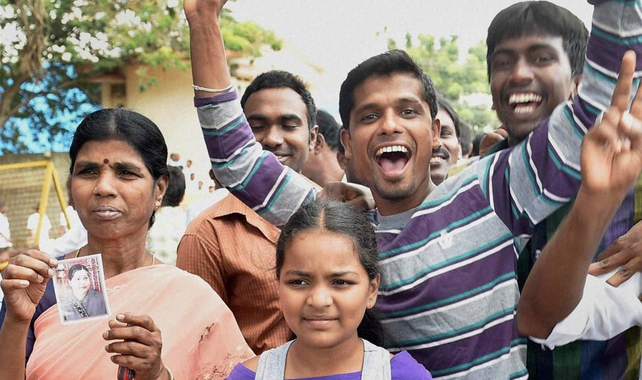 Jayalalitha's, supporters, celebrate, granted bail, Supreme Court, Central jail