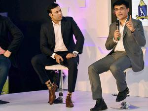 Former cricketers at Pink Ball Test Match event
