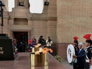 Japan's Defence Minister Gen Nakatani paying tribute at Amar Jawan Jyoti in New Delhi