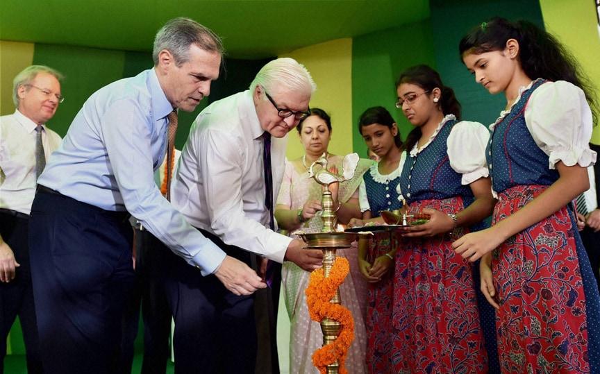 German Foreign Minister, Frank-Walter Steinmeier, German Ambassado, India, Michael Steiner, lighting, lamp,  Masjid Moth Kendriya Vidyalaya