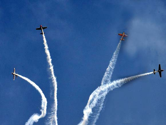 India Aviation 2016, Begumpet, Begumpet airport, begumpet airport airshow, aerobatic performance, India aviation show 2016 news