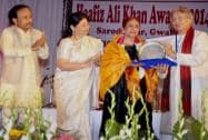 Hafiz Ali Khan Award to renowned Kathak dancer Roshan Kumari