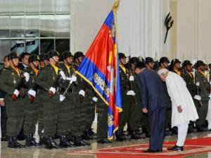 Vice President Hamid Ansari with Cambodian Prime Minister Hun Sen