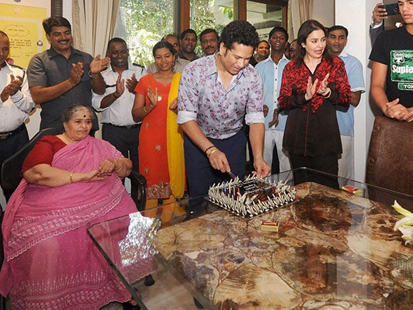 sachin tendulkar birthday, 44th birthday, Happy Birthday, anjali tendulkar, Cricketer, greatest batsmen, sachin tendulkar movie