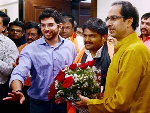 Hardik Patel with Uddhav Thackeray, in Mumbai