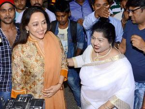 Hema Malini with late music director Ravindra Jain's wife Divya Jain