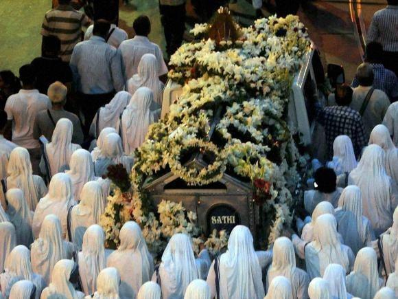 Nirmala, Mother Teresa, Church, Mamata Banerjee, Narendra Modi, Kolkata, St Johns Church, Mother House, Padma Vibhushan, Ranchi, Catholic Religious, Nobel laureate Mother Teresa