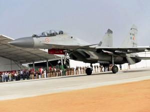 plane down  during the grand opening of Agra-Lucknow expressway