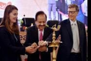 Union Health Minister Harsh Vardhan lights the lamp with Bill Gates and Melinda Gates, Co-Chair & Trustee BMGF
