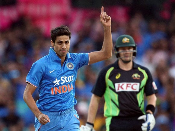 Ashish Nehra, Usman Khawaja, Ind vs Aus, T20, India, Australia, Whitewash, Sport, Run-chase, Sydney