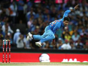 Indian bowler hardik pandya delivers a fast ball