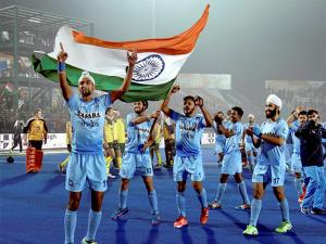 Indian Junior hockey players celebrate