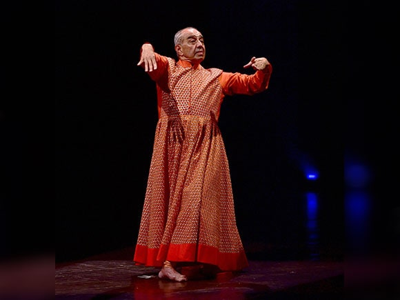 Astad Deboo, Dancer, Choreographer, Kamani Auditorium