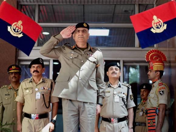India-Pakistan, Border Security Force, BSF, BSF Director General, D.K. Pathak, Pakistani Rangers Director General, Umar Farooq Burki