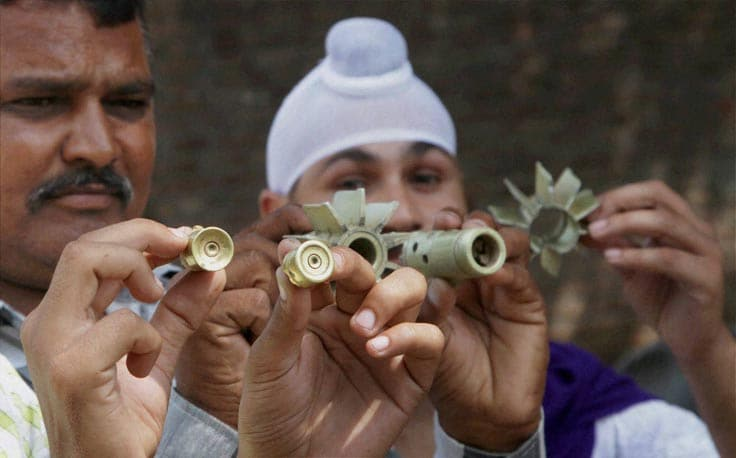 Villagers, displays, mortar, shell, allegedly, fired, residential, area, Pakistan, side, border,  Abdullia, jammu