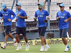 Captain MS Dhoni, Virat Kohli, Rohit Sharma and Binny