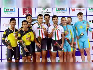 Gold medallist Iranian team, silver medallist Malaysian team and bronze medal winning Kzakhstan