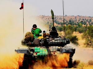 Indian Army carries out an exercise