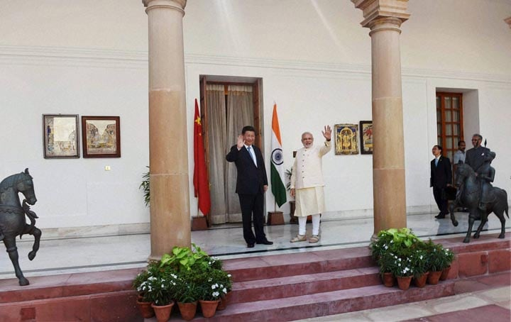 Prime Minister, Narendra Modi, Chinese President, Xi Jinping, wave, meeting, Hyderabad House