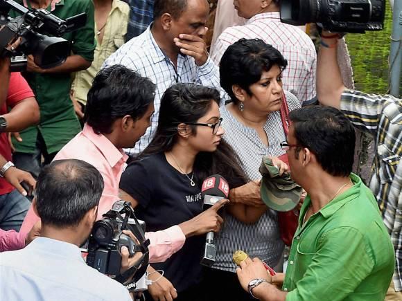Indrani Mukerjea, Indrani Mukerjea's daughter Vidhi, Sheena Bora murder case, Sheena murder caseIndrani daughter Vidhi, Bandra Metropolitan Magistrate court, Mumbai